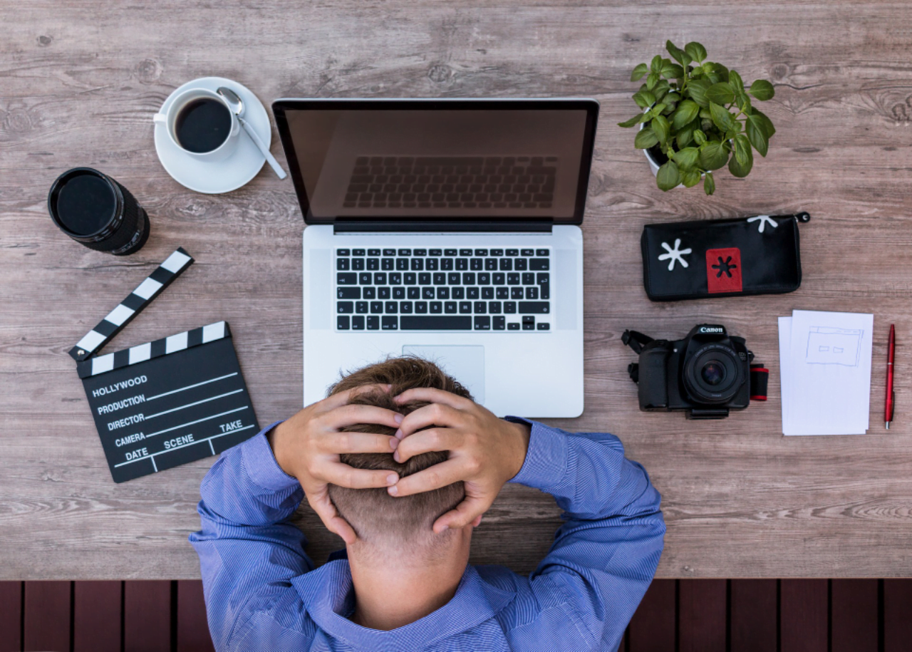 How to tackle staff presenteeism